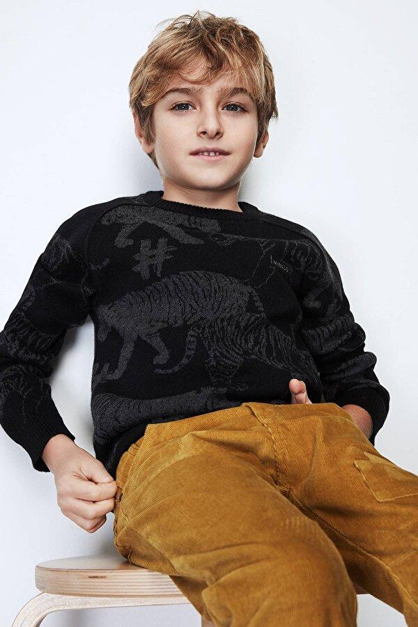 Resim Erkek Çocuk Siyah Kazak