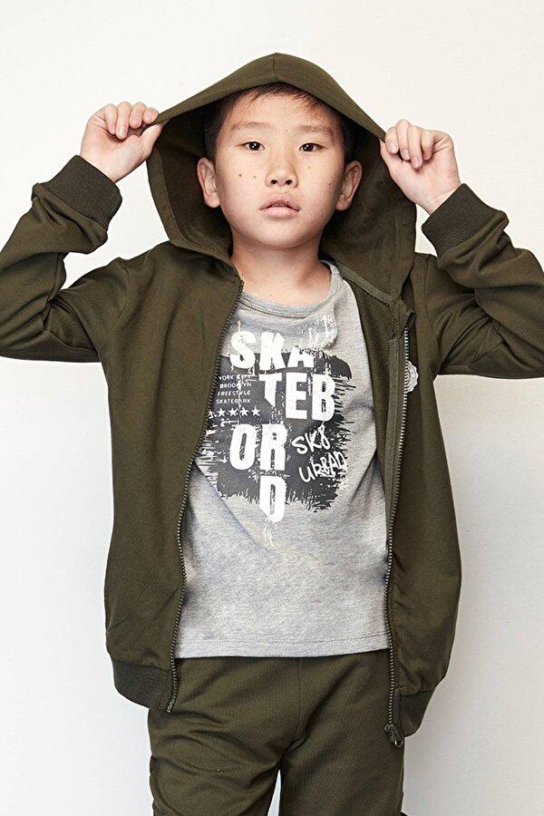 Resim Erkek Çocuk Yeşil Eşofman Üstü