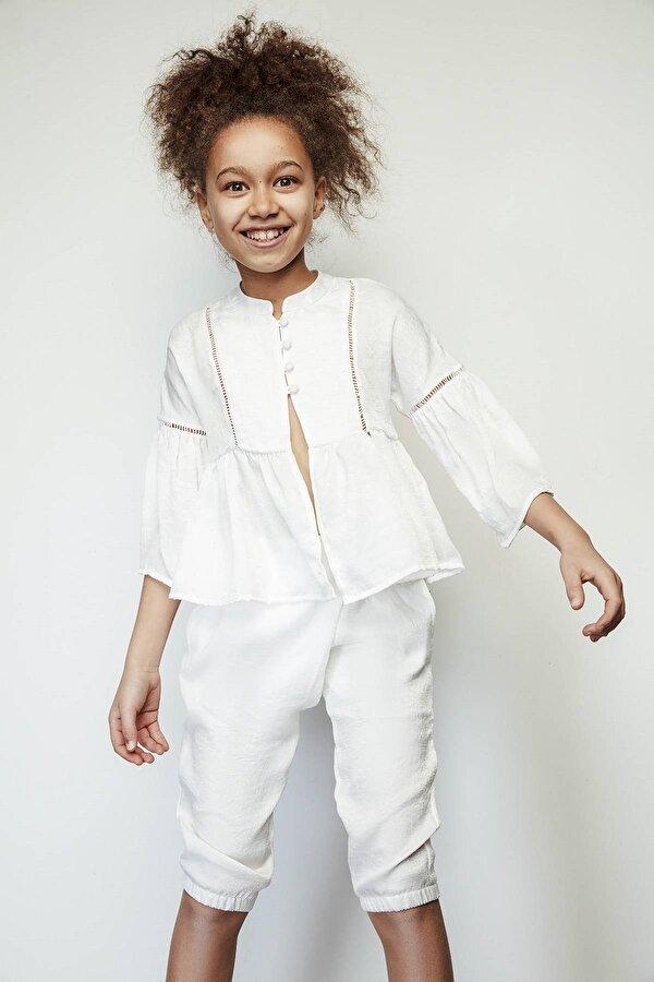 Resim Kız Çocuk Beyaz Ceket
