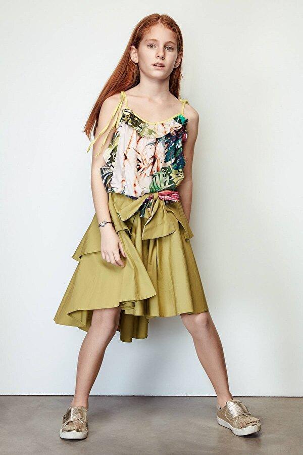 Resim Kız Çocuk Yeşil Etek