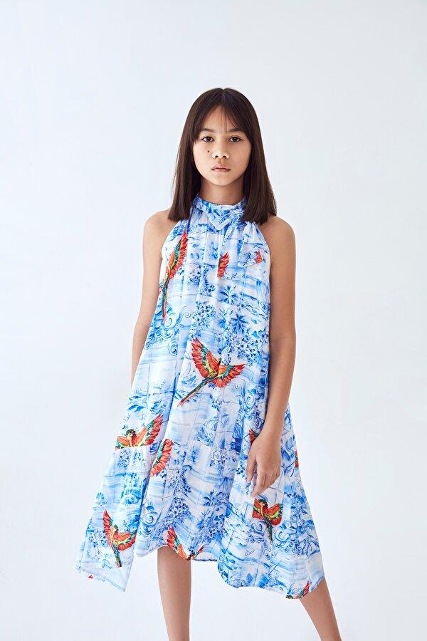Resim Kız Çocuk Açık Mavi Elbise