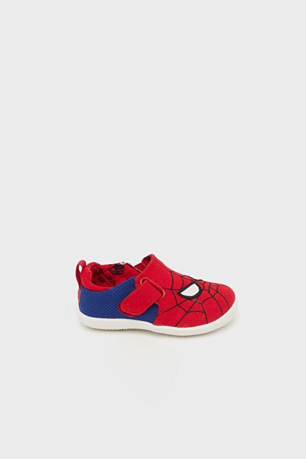 Resim Erkek Çocuk Kırmızı Ayakkabı
