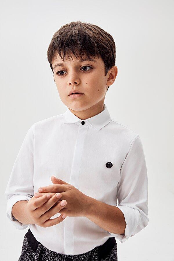 Resim Erkek Çocuk Beyaz Gömlek