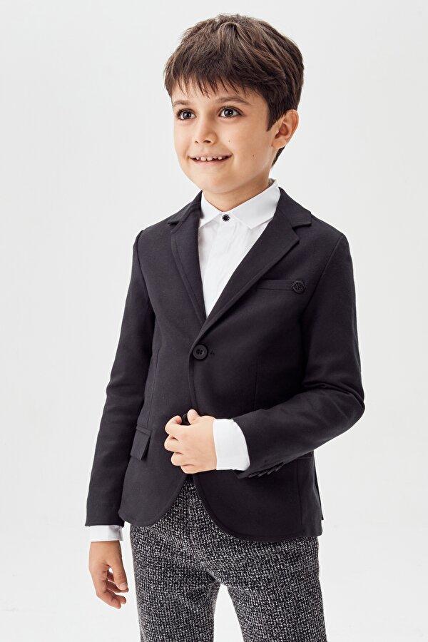 Resim Erkek Çocuk Siyah Ceket