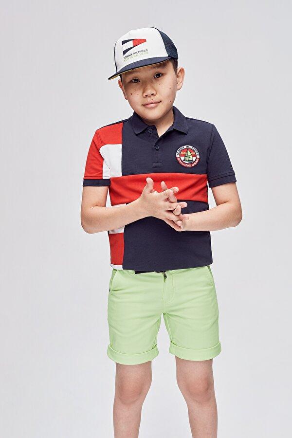 Resim Erkek Çocuk Beyaz Şapka
