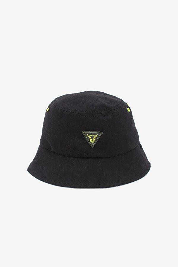 Resim Erkek Çocuk Siyah Şapka