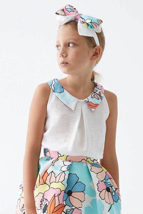 Resim Kız Çocuk Beyaz Bluz