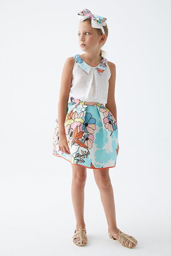 Resim Kız Çocuk Çiçekli Etek